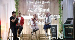 Wagub Nunik Bersama Forum Cinta Bangsa Selenggarakan Musik Senandung Kebahagiaan Kemerdekaan