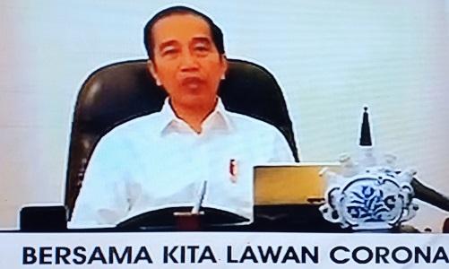 Jokowi Beri Keringanan Kredit Tukang Ojek & Sopir Taksi