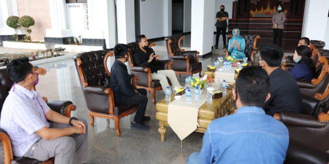 Ibu Riana Arinal Gandeng Gerkatin Lampung untuk Beri Edukasi Pencegahan Covid-19 di Kalangan Tungarungu