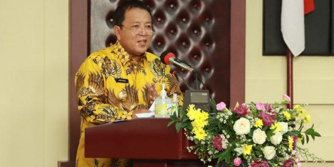 Gubernur Lampung Pimpin Penandatanganan Pakta Integritas Paslon Kada