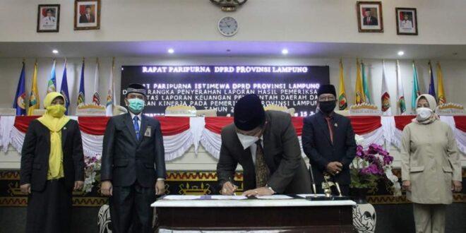 Mingrum Gumay Pimpin Paripurna Penyerahan LHP BPK
