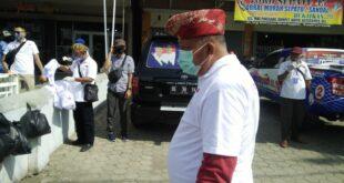 Yutuber Antusias Kampanye Sambangi Warga Kelurahan Surabaya
