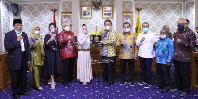 Gubernur Arinal Sampaikan Keberhasilan Pemprov Lampung Turunkan Angka Stunting di Depan Tim Spesifik Komisi IX DPR RI