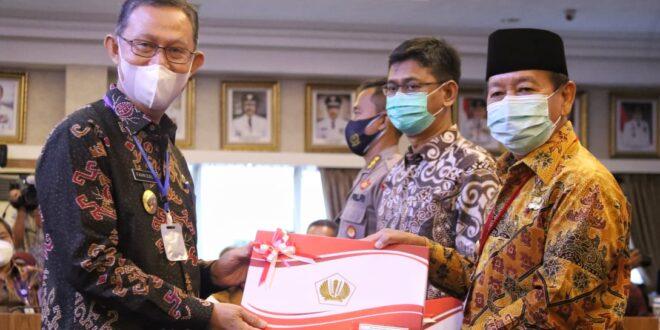 Penyerahan DIPA dan TKDD Tahun Anggaran 2021, Gubernur Arinal Berharap Dukung Pemulihan Ekonomi Nasional Akibat Pandemi Covid-19