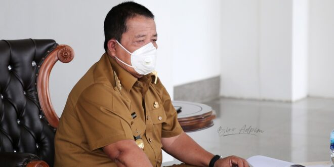 Gubernur Arinal Kembangkan Pakan Ikan Terapung Bersama Fakultas Pertanian Unila