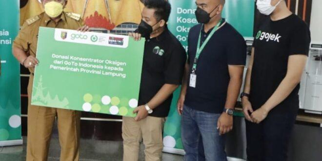 Pemerintah Provinsi Lampung Terima Bantuan 10 Oksigen Konsentrator dari Gojek Tokopedia